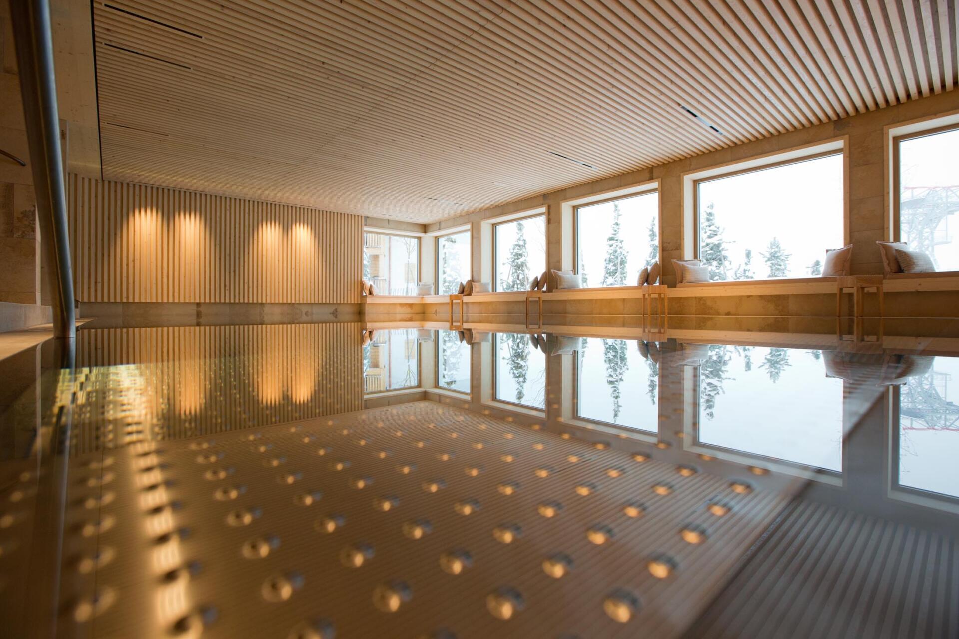 Schwimmbadbau Saurwein Schwimmbad Technik - Hotel Sonnenburg