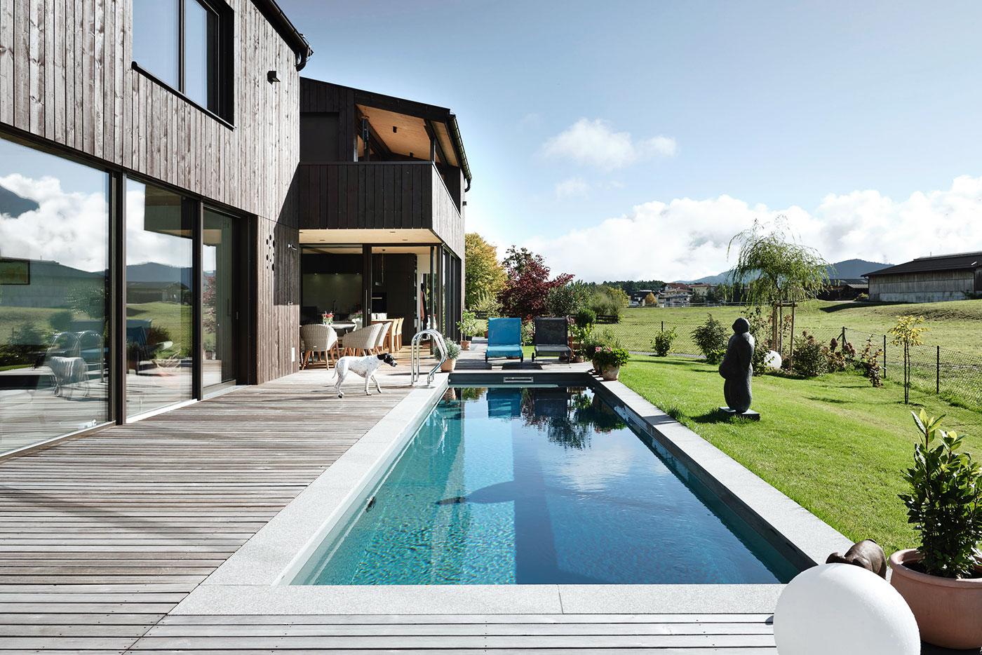 privat-k-niveko-sst-pool-referenz-01-SST-Saurwein-Schwimmbad-Technik