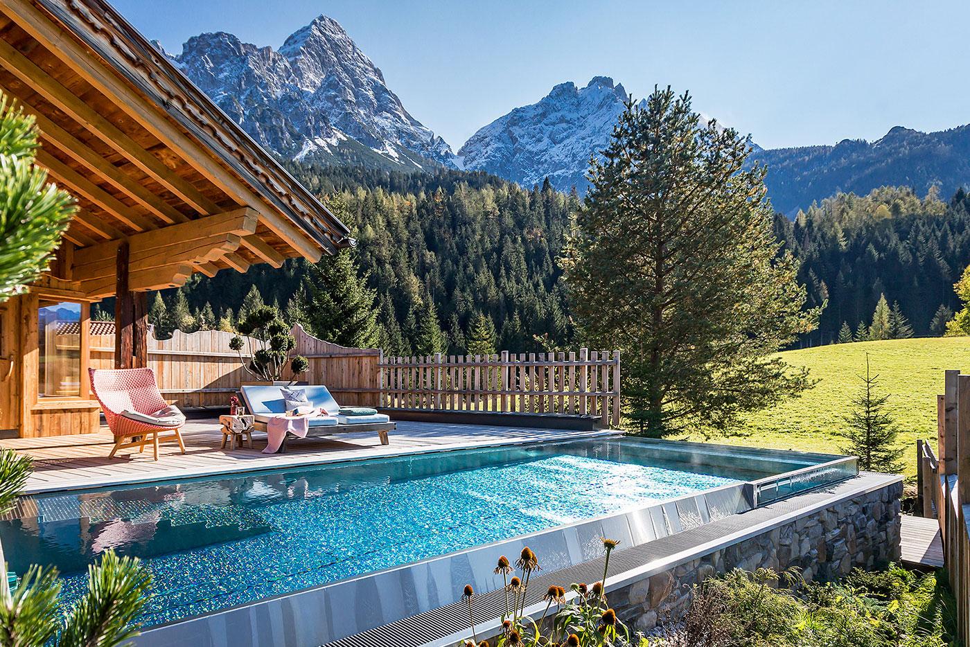 laPosch-chalet-infinity-pool_sst-saurwein-schwimmbad-technik-pool-refernz-02